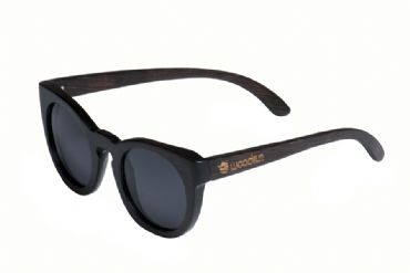 Gafas de sol de madera painted bamboo & black glass